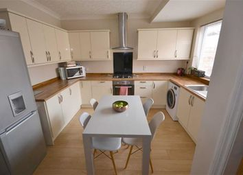Thumbnail 2 bed property for sale in Ashdene Villas, 8Tp, Hull