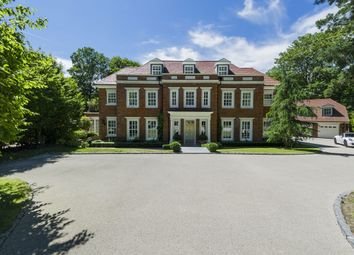 Thumbnail 6 bed detached house to rent in Heathfield Avenue, Sunninghill, Ascot