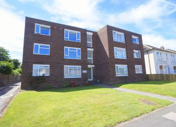 Thumbnail 2 bed flat for sale in Granville Road, Sidcup