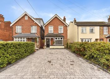 Furlong Road, Bourne End SL8. 3 bed detached house