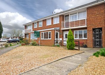 Thumbnail 2 bed flat for sale in Glenwoods, Newport Pagnell, Newport Pagnell