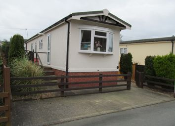 Thumbnail 2 bed mobile/park home for sale in Middletown Residential Park (Ref 5539), Welshpool, Powys, Wales