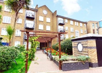 Thumbnail 3 bed flat to rent in Old Ford Road, London