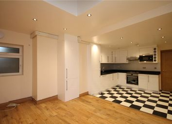 Thumbnail 2 bed flat to rent in West Hill, Wandsworth, London