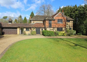 Thumbnail Detached house to rent in Heather Close, Kingswood, Tadworth