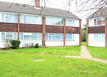 Thumbnail 2 bed flat for sale in Farnham Road, Slough, Berks
