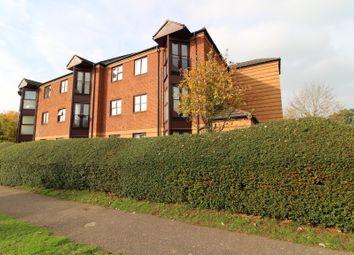 Thumbnail 2 bed flat for sale in Roseacre Gardens, Welwyn Garden City