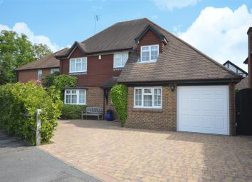 Thumbnail 4 bedroom detached house for sale in Prossers, Tadworth
