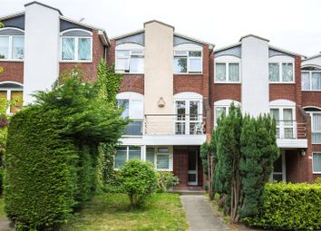 Thumbnail 4 bed property for sale in Waverley Grove, Finchley, London