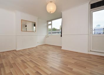 3 bed maisonette to rent in Cherbury Court, London N1