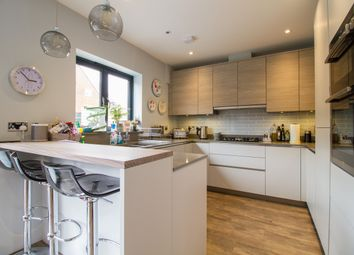 Thumbnail 5 bed semi-detached house to rent in Stone Meadow, Oxford
