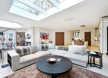 Thumbnail 5 bed detached house to rent in Deepdale, London