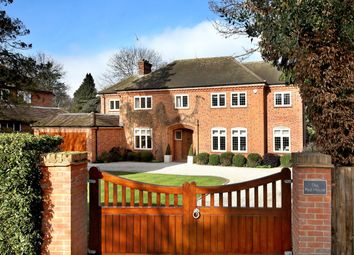 Thumbnail 5 bedroom detached house for sale in Chiltern Hills Road, Beaconsfield