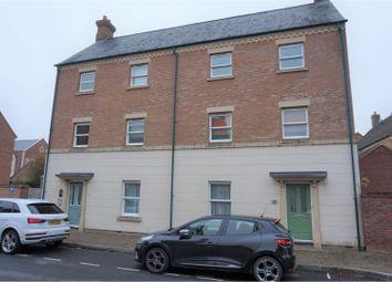 2 bed flat for sale in Rylane, Swindon SN1