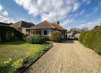 Summerfield Rise, Goring On Thames RG8. 3 bed detached bungalow for sale