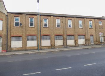 Thumbnail Commercial property to let in Europa Trading Estate, Fraser Road, Erith
