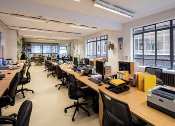 Office to let in Great Sutton Street, London EC1V