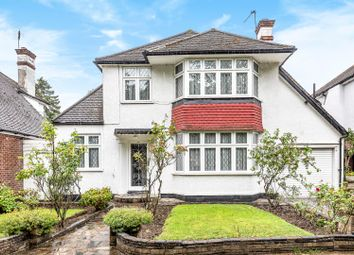 3 bed detached house to rent in London Road, Stanmore, Middlesex HA7