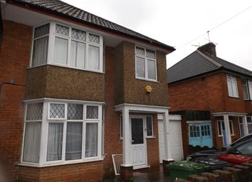 3 bed semi-detached house to rent in Slough, Berkshire SL1