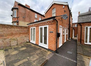 3 bed property to rent in Redcliffe Road, Mapperley Park, Nottingham NG3
