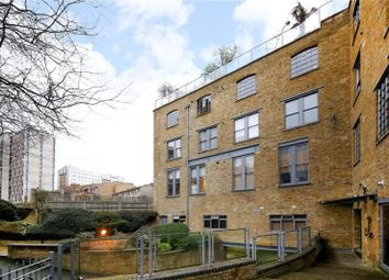 Thumbnail 2 bed flat for sale in 40 Gowers Walk, Aldgate, London