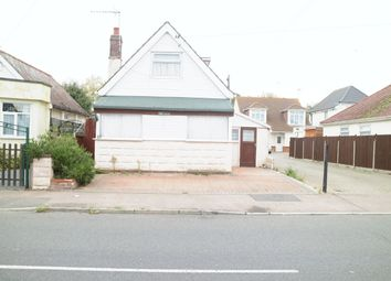 Thumbnail 1 bed bungalow for sale in Golf Green Road, Clacton-On-Sea