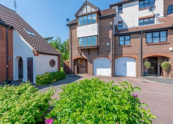 Thumbnail Semi-detached house to rent in Beaumont Place, Isleworth