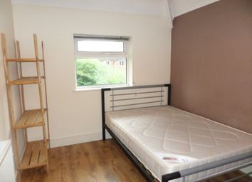 Thumbnail 6 bed shared accommodation to rent in Crombie Avenue, York