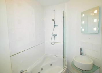 2 bed flat to rent in Stafford Avenue, Halifax HX3