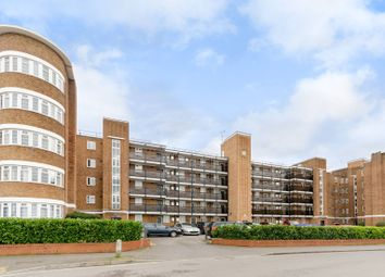 Thumbnail 2 bed flat to rent in Glenbuck Road, Surbiton