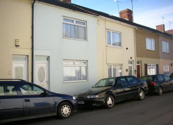 Thumbnail 3 bedroom terraced house to rent in Linslade Street, Swindon