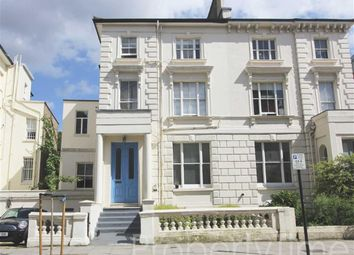 Thumbnail Studio to rent in Buckland Crescent, Belsize Park, London