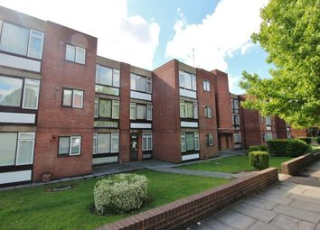 Thumbnail 2 bed flat for sale in Garden Court Holden Road, North Finchley, Woodside Park