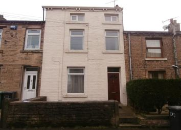 Thumbnail 3 bedroom property to rent in Ravensknowle Road, Huddersfield