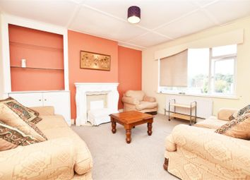 Thumbnail 4 bed flat to rent in Twickenham Road, Isleworth