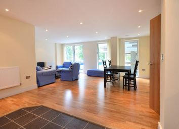 Thumbnail 3 bedroom flat for sale in Indescon Square, Canary Wharf
