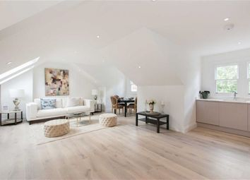 Thumbnail 2 bed flat for sale in Avenue Gardens, London