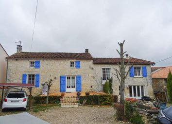 Thumbnail 4 bed property for sale in Saint Amant De Bonnieure, Poitou-Charentes, France