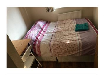 Thumbnail Room to rent in Wyllen Close, Whitechapel