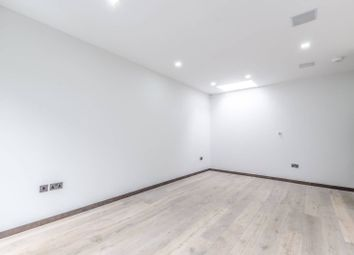 Thumbnail 3 bed property to rent in Frognal, Hampstead