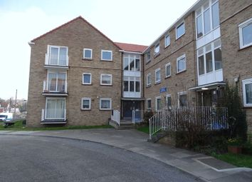 Thumbnail 2 bed flat for sale in Links Side, Enfield