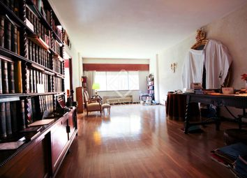 Thumbnail 4 bed apartment for sale in Spain, Madrid, Madrid City, Mad7555