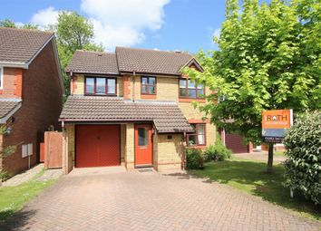Thumbnail 4 bed detached house to rent in Montague Close, Wokingham, Berkshire