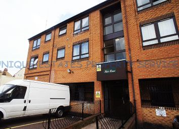 1 bed flat to rent in Grove Road West, Enfield EN3