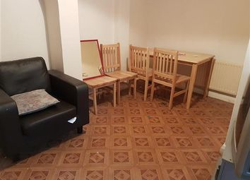 Thumbnail 1 bedroom flat to rent in Hibbert Street, Luton