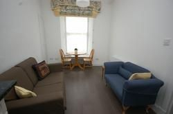 2 bed flat to rent in Brougham Street, Edinburgh EH3