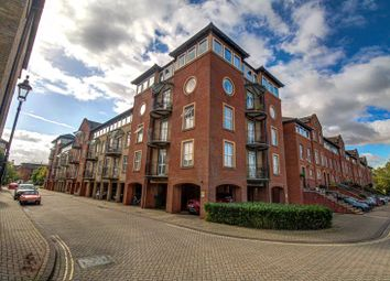 Asturias Way, Ocean Village, Southampton SO14. 3 bed flat for sale
