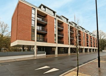 Thumbnail 1 bed flat to rent in Norfolk Street, Oxford