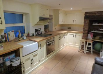 Thumbnail 5 bed detached house to rent in Broadend Road, Walsoken, Wisbech