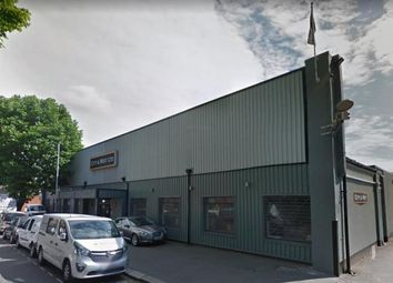 Thumbnail Warehouse to let in Triumph Trading Estate, Tariff Road, London